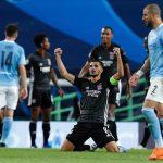 Lyon tiễn Man City khỏi Champions League