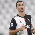 Juventus mời Barca mua Ronaldo