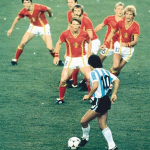 Những cầu thủ bị lãng quên trong FIFA Online 3 (Phần 5): Maradona