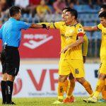 Trọng tài - căn bệnh không thuốc chữa của V-League