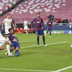 Mertesacker: 'Thắng đậm Barca là gánh nặng cho Bayern'
