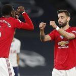 Fernandes và Pogba 'chỉ xứng đáng dự bị cho Scholes và Keane'