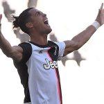 Juventus đại thắng Torino