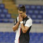Ronaldo lần đầu thua liền hai trận chung kết