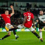 Rooney im tiếng khi tái ngộ Man Utd