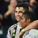 Douglas Costa: 'Dybala hay hơn Ronaldo'
