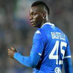 Balotelli: 'Serie A chờ Juventus lên đỉnh bảng mới hoãn'