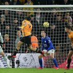 Leicester lỡ cơ hội vượt Man City