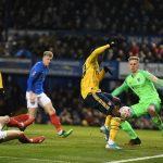 Arsenal vào tứ kết Cup FA