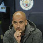 Guardiola ám chỉ sẽ buông Ngoại hạng Anh