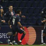 PSG vào tứ kết Champions League