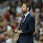 HLV tuyển Anh chấp nhận giảm lương