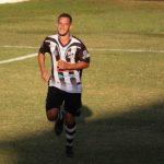 Cầu thủ Brazil qua đời vì thả diều