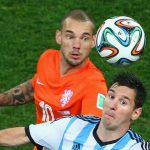 Sneijder: 'Tôi không thích đua tranh với Messi, Ronaldo'