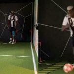 Pogba mặc áo đấu của Juventus