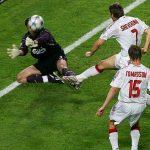 Shevchenko chưa nuốt trôi trận thua Liverpool