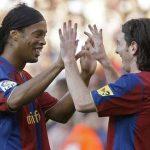 Barca từng sợ Ronaldinho làm hư Messi