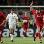 Chung kết Champions League hoãn