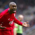 Cựu sao Liverpool sẵn sàng trở lại đá không lương