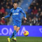 Ronaldo san bằng kỷ lục Serie A