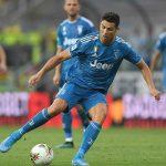 Ronaldo cắt 4,2 triệu USD tiền lương