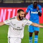 Benzema vượt Puskas về số bàn cho Real