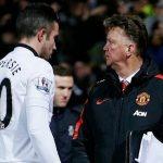 Van Persie bị đuổi khỏi Man Utd như thế nào?