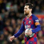 Eto'o: 'Messi phải chơi đến 70 tuổi'