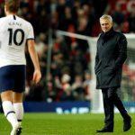 Mourinho được khuyên thận trọng với Kane