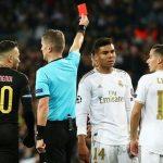 Ramos chạm mốc kỷ lục thẻ đỏ
