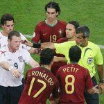 Rooney thân Ronaldo hơn sau sự cố thẻ đỏ