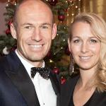 Vợ Robben nhiễm nCoV
