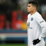 Tottenham, Arsenal, Everton tranh giành Thiago Silva