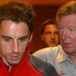 Neville thất bại vì không nghe lời Alex Ferguson