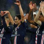 Cavani ghi bàn trong chiến thắng của PSG
