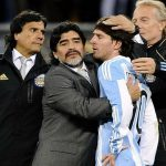 Maradona: 'Messi từng khóc vì bị loại khỏi World Cup'