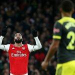 Arsenal thoát thua phút bù giờ thứ 6