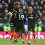 Chelsea thoát thua Leicester