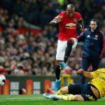 Man Utd rơi chiến thắng trước Arsenal