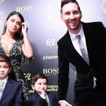Con trai hả hê khi Messi được Quả Bóng Vàng