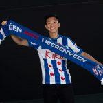 Đoàn Văn Hậu đá chính cùng đội trẻ Heerenveen