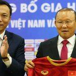 VFF hỏi ý kiến bầu Đức khi tái ký với Park Hang-seo