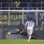 Inter thoát thua trên sân nhà