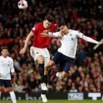 Van der Vaart: 'Nhiều cầu thủ nghiệp dư đá như Maguire'