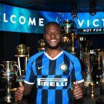 Conte chiêu mộ thêm trò cũ về Inter