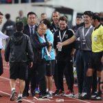 VFF kiến nghị AFC vụ trợ lý tuyển Thái Lan xúc phạm thầy Park