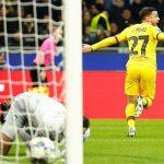 Đội dự bị Barca đẩy Inter xuống Europa League