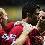 Ronaldo: 'Ngốc mới không học Giggs và Scholes'