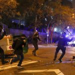 46 người bị thương do xung đột ngoài sân Nou Camp