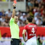Fabregas lĩnh thẻ đỏ trong ngày khai màn giải vô địch Pháp